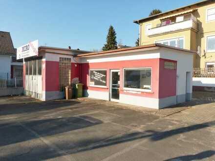 Verkaufsplatz / Freifläche mit Büro und Servicehalle in bester Lage