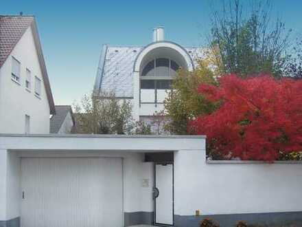 Das besondere Haus mit viel Platz für Familie, Freizeit, Beruf! Viele interessante Details + ELW