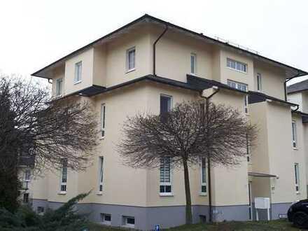 Attraktive 1- Zimmer- Dachgeschosswohnung mit Balkon