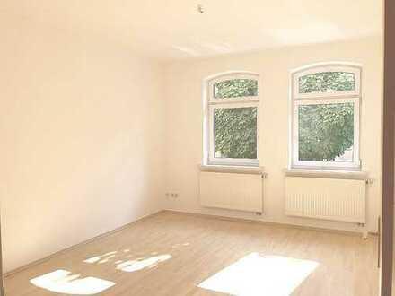 ruhige Wohnlage - sanierter Altbau - guter Zuschnitt - Terrasse