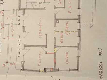 Erstbezug nach Kernsanierung: 3 1/2 Zimmer Wohnung mit ca. 125qm sowie zwei Stellplätze