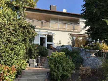 Traumhaftes Wohnhaus mit riesigem Grund in Haibacher Top Lage