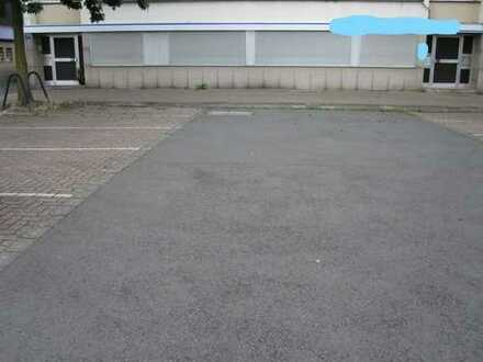 Ehemalige Zahnarztpraxis ! Ebenerdige Büro/Praxis. ca. 165 m² Gewf. + ca. 80 m² Nutzfl. + 1 Garage.