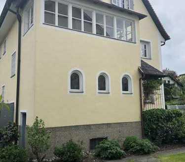 Schöne, geräumige zwei Zimmer Wohnung in Stadtvilla in Altötting (Kreis), Altötting