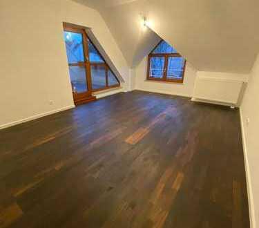Vermietete * Lichtdurchflutete 3 Zimmer Wohnung in Sachsenhausen