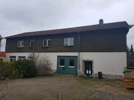 Werkstatt oder künftige Mehrfamilienhäuser