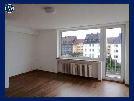 Quadratisch, praktisch, GUT!! Renoviertes Appartement + Aufzug + Pantry-Küche + zentrale Lage