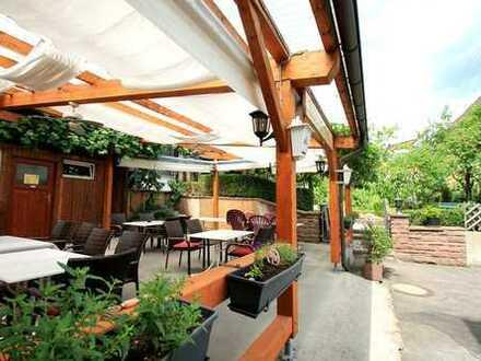 Gaststätte mit Beherbergung und eigenem Wohnhaus
