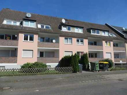 !!! Große und helle 3 Zimmer-Wohnung [81 m²] im Herzen von Alt-Ostheim mit Balkon zu vermieten!!!