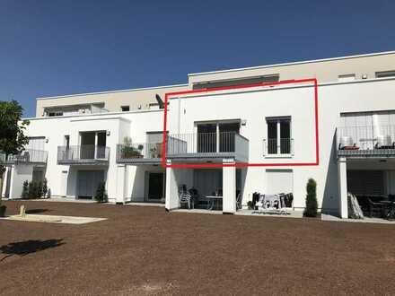 Zweitbezug einer exklusiven 4-Zimmer-Wohnung mit Einbauküche und Süd-West-Balkon in Lorch