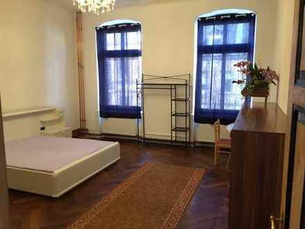 Stylische 5 Zimmer Altbauwohnung in rücksichtsvoller Atmosphäre in Mannheimer City/Jungbusch