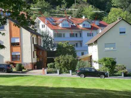 4 1/2 Zimmer-Wohnung in sonniger Aussichtslage mit 2 Balkonen