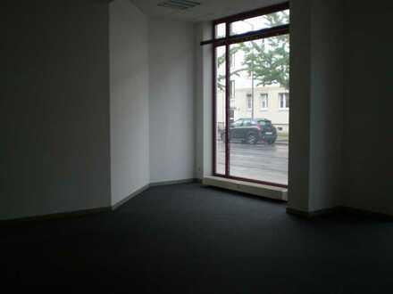 preisgünstige Büro-/ Ladeneinheit citynah