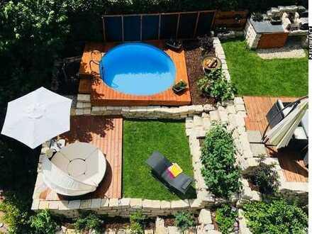 Einzigartiger Wohntraum - Stadtwohnung mit Loft-Charakter und mediterranen Terrassengarten