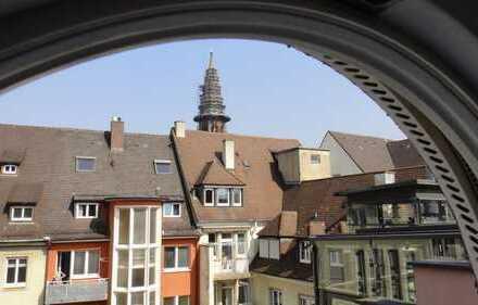 Exklusiv wohnen im Herzen der Freiburger Altstadt: 3,5 Zi-DG-Maisonette-Whg. mit Blick aufs Münster