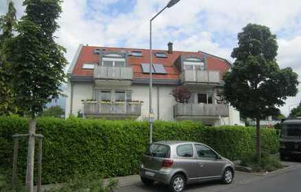 3 Zimmer DG-Maisonettewohnung mit Balkon in Dreieichenhain