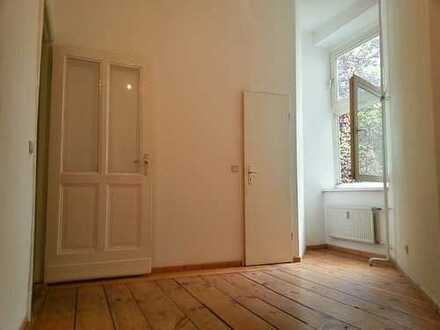 Weserkiez! 2 Zimmerwohnung - Dielen & Laminat - Balkon - 50 m² - 683 € warm