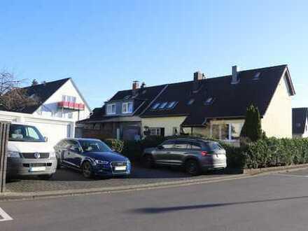 Schönes Haus mit sieben Zimmern in Leverkusen, Schlebusch
