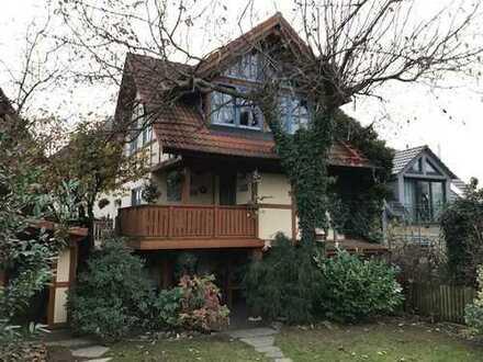 Uriges Einfamilienhaus in idyllischer Lage!