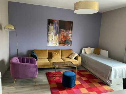 Bezugsfreie - Sanierte 2 Zimmer Wohnung mit Balkon