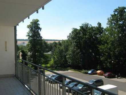 RAUM FÜR DICH und viel Platz auf dem Balkon!