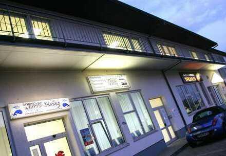 Büro- u. Geschäftsgebäude 61440 Oberursel, Karl-Hermann-Flach-Str. 15 A+B, mit Entwicklungspotenzial