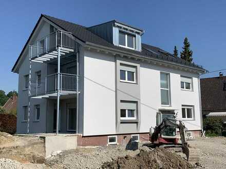 Vollständig renovierte 5-Raum-Wohnung mit Balkon in Kühlenthal