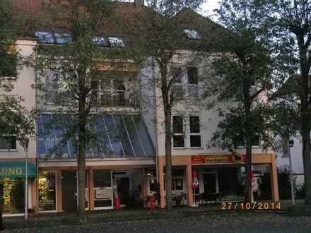 Gepflegte 3-Raum-DG-Wohnung mit Balkon und Einbauküche in Ramstein-Miesenbach