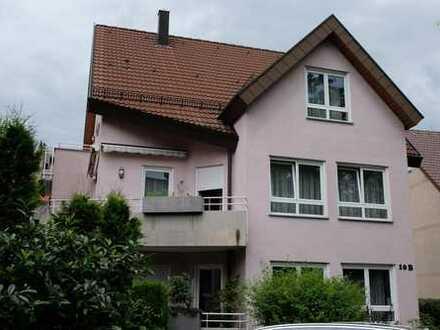 Ruhige und doch zentral gelegene 3-Zimmer-Dachgeschosswohnung