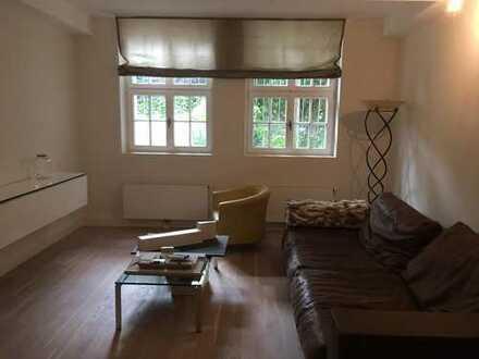 Wohnen in einer Villa - Teilmöblierte EG Wohnung