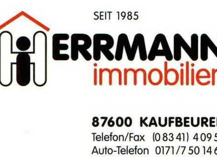 Großzügige Penthouse-Wohnung 137 m² + Dachterrasse 90 m²