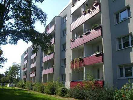 WBG - 4 -Raum-Wohnung mit aktuellem Wohnpaket!
