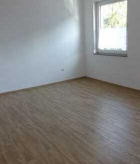 Bottrop Stadtnähe! In diese renovierte 2-Zimmer-Wohnung mit Kochecke kann man direkt einziehen!