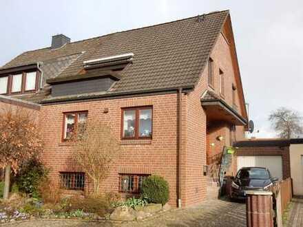 Gepflegtes Einfamilien-Doppelhaus mit Vollkeller und Garage in Bremen-Arsten