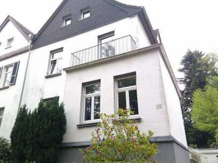 13qm Zimmer in renovierter Souterrainwohnung im Süden Aachens