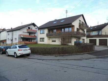 Freistehendes 3-Familien-Haus