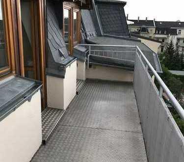 Dachgeschosswohnung mit großem Balkon in beliebter Lage!