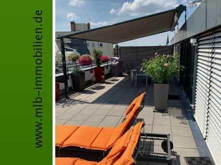 Traumhaftes 3 Zimmer-Penthouse mit riesiger Dachterrasse und Skylineblick