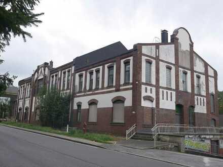 Historistisches ehemaliges Verwaltungsgebäude der Zeche Victoria in Essen-Kupferdeh!