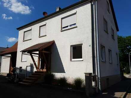 Modernisierte 3-Zimmer-Wohnung mit Einbauküche in Sontheim an der Brenz