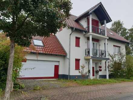 Großes Einfamilienhaus mit Einliegerwohnung – TOP Lage - sofort frei