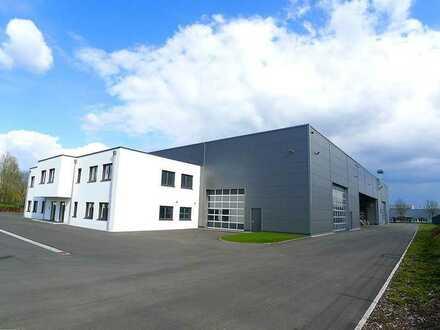Industriehalle mit Verwaltungsgebäude Föhren im IRT-Industriepark Region Trier
