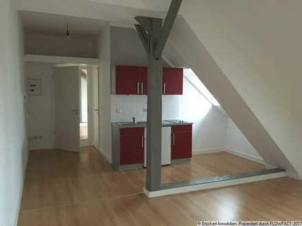 2-Zimmer-DG Wohnung in Uninähe