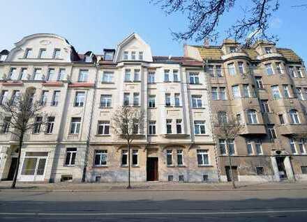 Schickes Dachgeschoss mit super Blick und 28m²- Wohnzimmer .. ab 1.6.2019