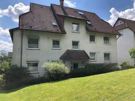 Top Lage, ruhige gepflegte 3-Zimmer-Hochparterre-Wohnung mit Balkon und Einbauküche in Wuppertal