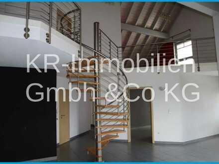 Hier kann man schön Wohnen! DG - Maisonettewohnung mit Galerie.