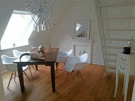 Herrliche 4-Raum-Maisonette-Wohnung mit Balkon, ruhig und zugleich verkehrsgünstig