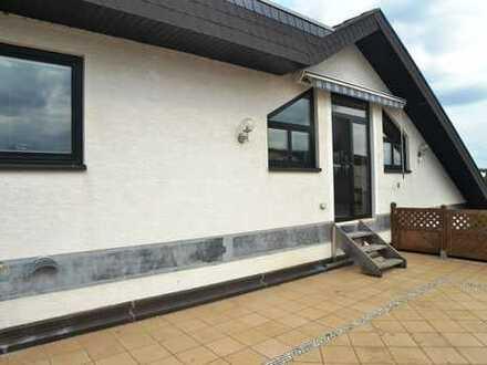 Wohnen wie im Bungalow, 4-Zi.-Superwohnung, Wfl.154 m² , 69221 Dossenheim, Riesenterrasse ca. 54 m²
