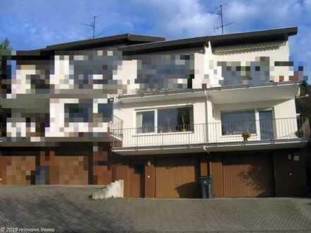Helle und komplett renovierte 4ZKB-Wohnung mit Balkon und Garage in Vallendar