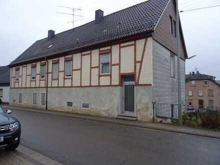 Einfamilienhaus (ehemaliges Landwirtschaftsgebäude) in Leimen